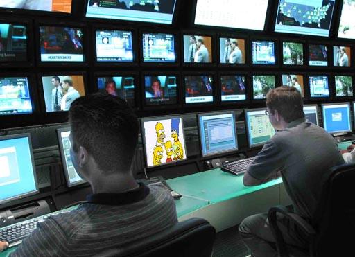 Consejos para ver la tele en la oficina chica de la tele for Ver videos porno en la oficina